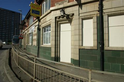 Property to rent - Tong Road, Leeds