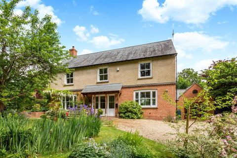 4 bedroom detached house for sale - Lower Washwell Lane, Painswick, Stroud