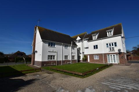 2 bedroom apartment to rent - Dairy Court, South Woodham Ferrers