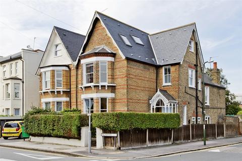 3 bedroom flat to rent - Pelham Road, Wimbledon, London
