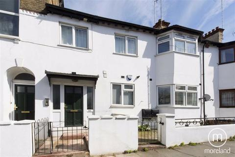 3 bedroom flat for sale - North End Road, Golders Green, NW11