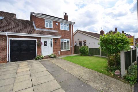 3 bedroom link detached house for sale - Manor Close, Hemingbrough, Selby, YO8