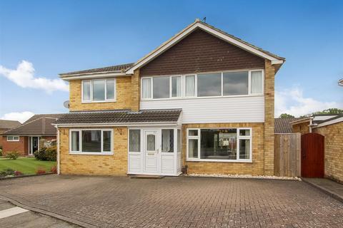 5 bedroom detached house for sale - Fulthorpe Avenue, Darlington