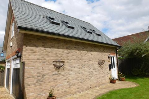 1 bedroom maisonette to rent - Shaftesbury Drive, Fairfield