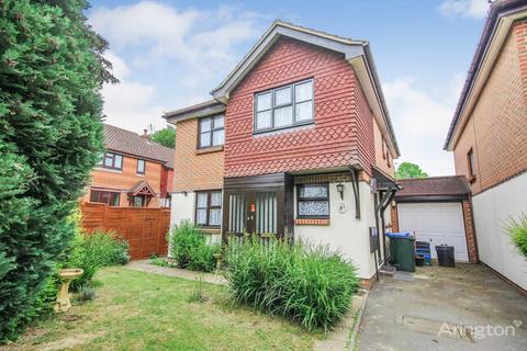 4 bedroom link detached house for sale - Downscroft, Burgess Hill, RH15