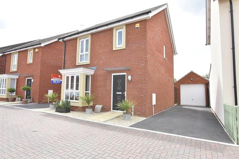 3 bedroom detached house for sale - Whittle Close, Stoke Orchard, GL52
