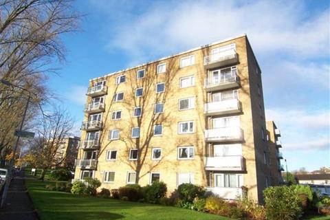 2 bedroom flat - 83 Whittingehame Court, Kelvinside, Glasgow G12 0BH