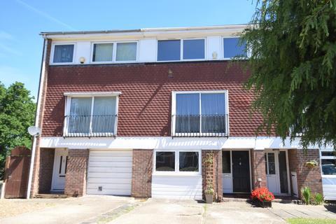 4 bedroom townhouse to rent - Broadheath Drive Chislehurst BR7