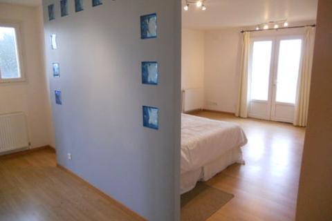 10 bedroom farm house - normandy