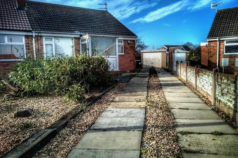 3 bedroom bungalow for sale - Ambleside Avenue, KNOTT ON SEA, FY6 0NF
