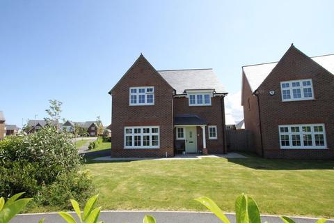 4 bedroom detached house for sale - Bangor, Gwynedd