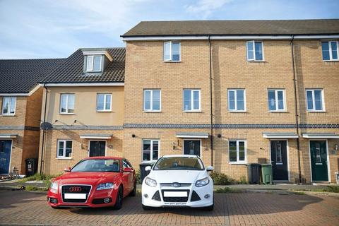 4 bedroom townhouse for sale - Dr Torrens Way, Costessey, Norwich