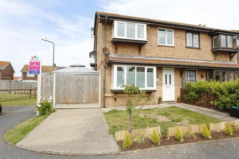 2 bedroom semi-detached house for sale - Sandown Close, Deal