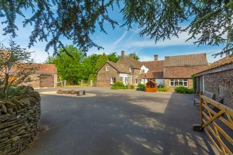 6 bedroom farm house for sale - Badminton Road, Yate, Bristol, BS37