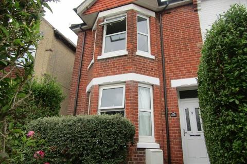 4 bedroom semi-detached house to rent - Broadlands Road, Southampton