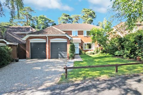 4 bedroom detached house for sale - Stibbs Way, Bransgore, Christchurch, Dorset, BH23