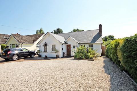 4 bedroom bungalow for sale - Hill Lane, Bransgore, Christchurch, Dorset, BH23