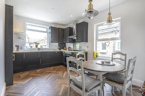3 bedroom flat for sale - Fountain Road, Tooting
