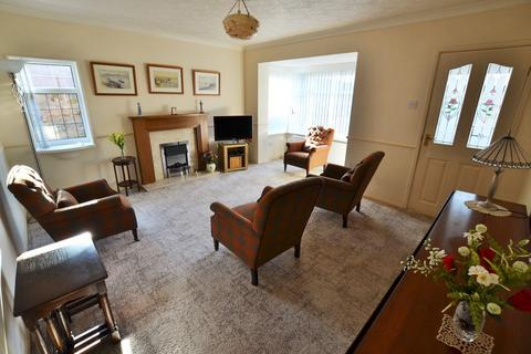 2 bedroom detached bungalow for sale - Redwell Court, South Shields