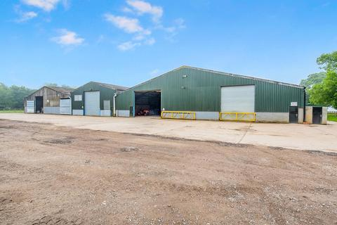 Warehouse to rent - The Revesby Estate, Revesby PE22