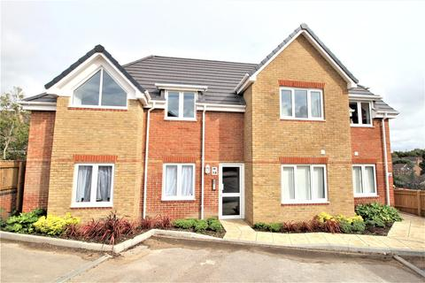 2 bedroom apartment to rent - Botley Road, Park Gate, Southampton, Hampshire, SO31
