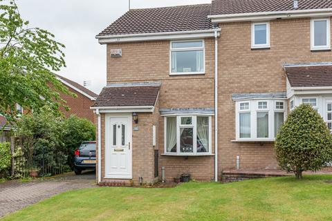 2 bedroom house for sale - Dereham Court, Meadow Rise