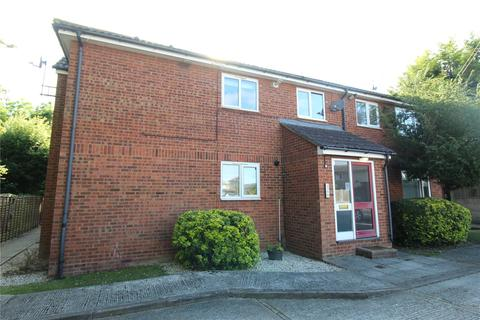 1 bedroom apartment for sale - Haslemere Road, Wickford, Essex, SS11