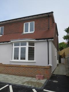 2 bedroom end of terrace house to rent - Newick Place, 105 Marine Drive , Rottingdean BN2