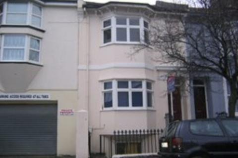 4 bedroom terraced house to rent - Newmarket Road, Brighton BN2