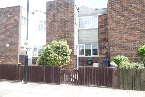 3 bedroom terraced house for sale - Mission Square, TW8 0SD
