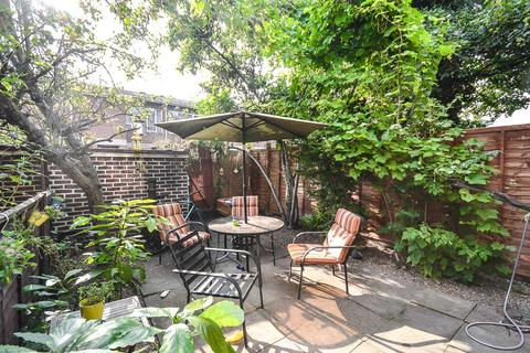 3 bedroom house to rent - Rooke Way, Greenwich, London