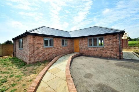 3 bedroom detached bungalow for sale - Benhall, Suffolk