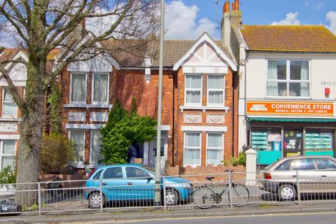 6 bedroom terraced house to rent - Elm Grove, Brighton BN2