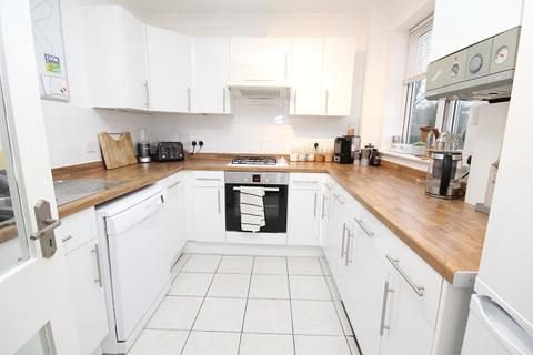 2 bedroom apartment to rent - North Drive, Brighton BN2