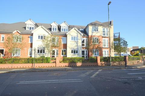 1 bedroom retirement property for sale - Ballard Lodge, Laleham Road, Shepperton, TW17