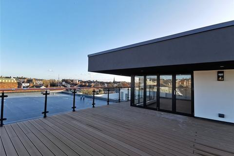 2 bedroom penthouse for sale - The Moorwell, Windsor Road, Penarth, CF64