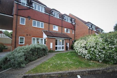 2 bedroom apartment to rent - Iver Court, Buckingham