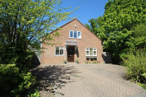 5 bedroom semi-detached house for sale - Woodfield Avenue, Tonbridge