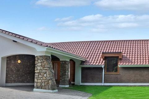 4 bedroom detached bungalow to rent - Dingle Bank, Chester