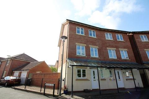 4 bedroom townhouse for sale - Fitzroy Circus, Portishead