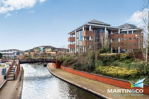 1 bedroom apartment - The Landmark. Waterfront West, Brierley Hill, DY5