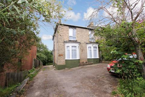 1 bedroom maisonette for sale - Lawn Road, Portswood, Southampton, SO17