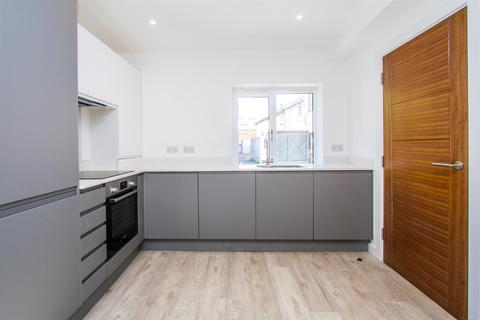 2 bedroom house for sale - Braybon Yard