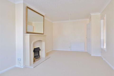 2 bedroom semi-detached bungalow to rent - Molescroft Park, Beverley