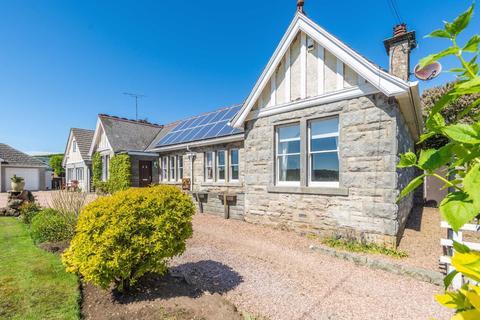 6 bedroom bungalow for sale - Leuchars, Fife