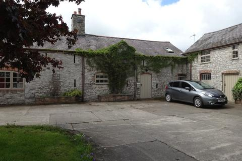 1 bedroom apartment to rent - Groesfaen Farm, Babell