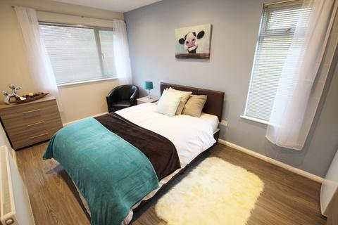 1 bedroom house share to rent - Inchwood