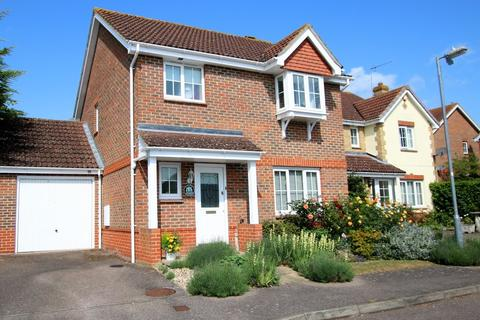 3 bedroom detached house for sale - Berbice Lane, Dunmow