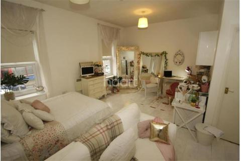 1 bedroom flat to rent - Newmarket Road, Cambridge