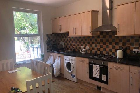 1 bedroom house share to rent - Fletcher Road, Beeston, Nottingham, NG9
